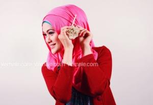 Cara Memakai Jilbab Persegi Pashmina6